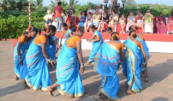 Fugadi Dance